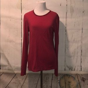Gap long sleeved t shirt